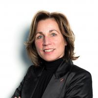 Jacqueline Knapen